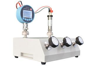 <obs>Electronic</obs> Pressure Comparator <span>HS315&HS316&HS318</span>